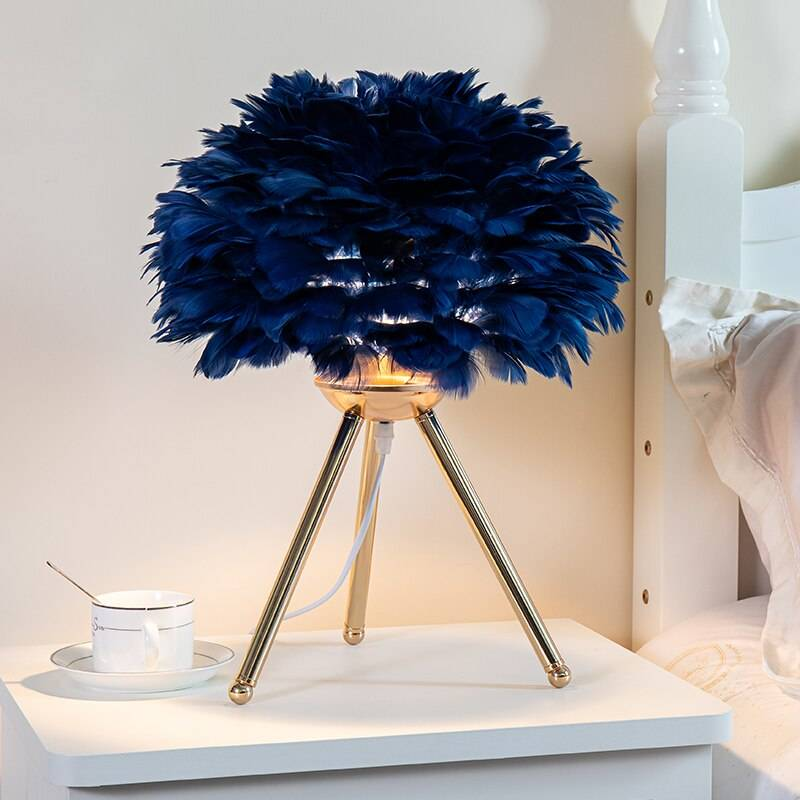 Feather Bedroom Table Lamp Modern Bedside Lamp Living Room Coffee Shop Wedding Christmas Decoration Romantic Goose Feather Lamp Desk & Table Lamps